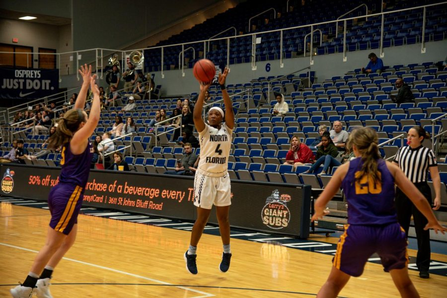Adrienne Jackson scored eight points in the loss to Liberty