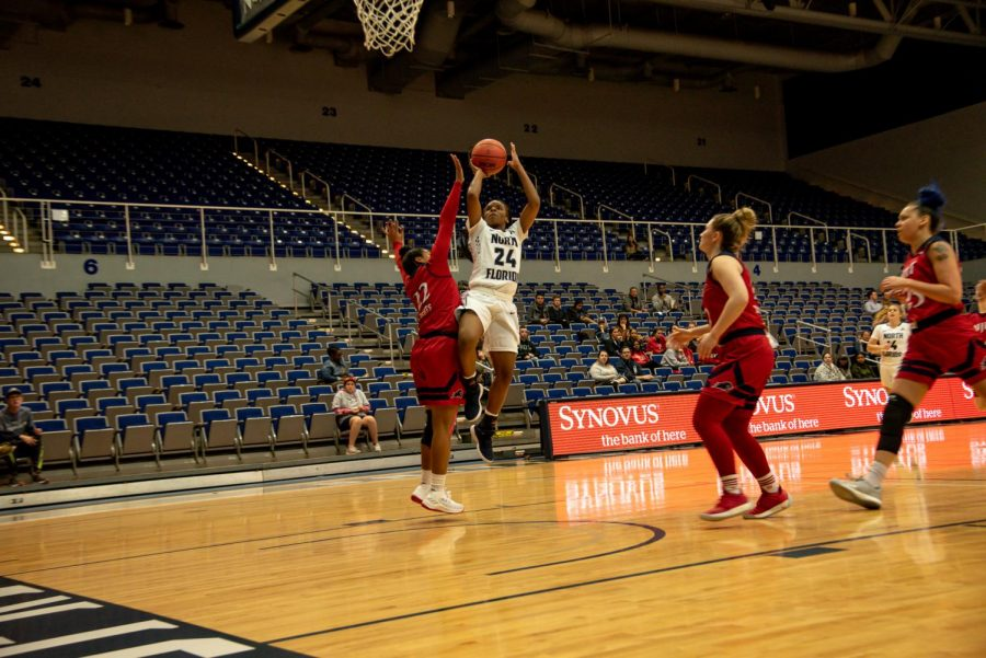 Janesha Green scored 13 points in the win over Holy Cross.