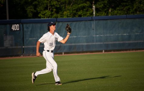 Simon's three-RBI game leads Owls over Ospreys