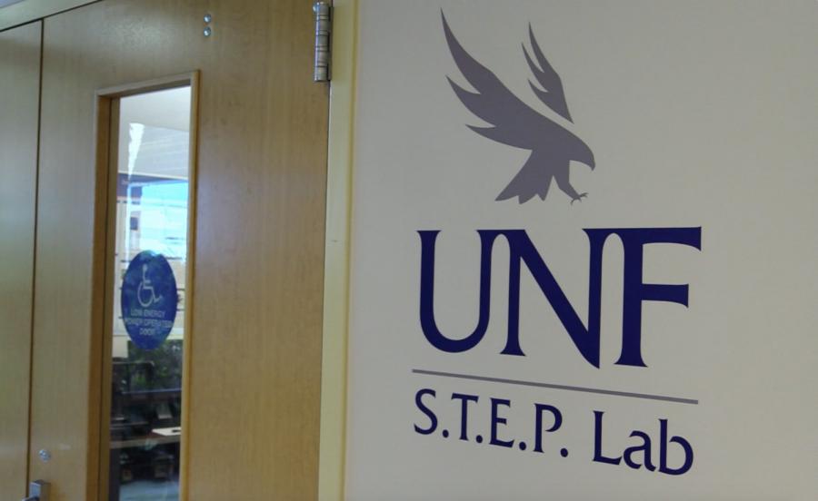 Photo of UNF S.T.E.P Lab sign