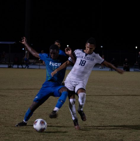 Late goal lifts Eagles over Ospreys in ASUN Men's Soccer Semifinals
