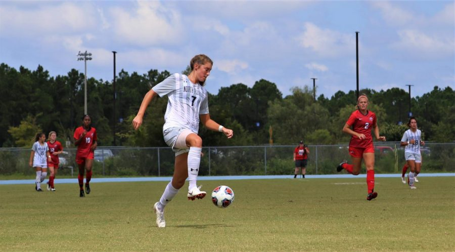 Reiss nets golden goal in conference opener