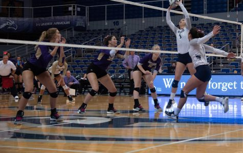 Julianna Askew sets the ball for a teammate.