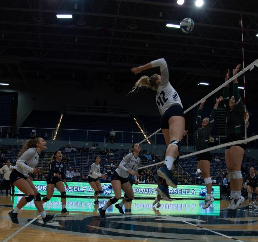UNF+Volleyball+vs+JU+Photo+Gallery