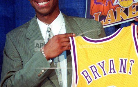 AP source: Ex-NBA star Kobe Bryant dies in helicopter crash