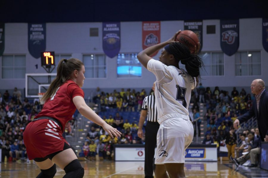 Ospreys extinguish Flames behind strong fourth quarter