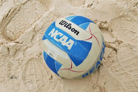 The team won two out of three matches in the UNF Beach Invitational back in March.