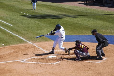 Costly errors hinder Ospreys in Saturday doubleheader