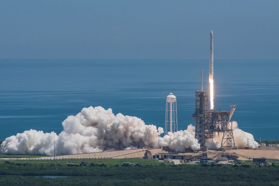 Watch SpaceX launch LIVE!