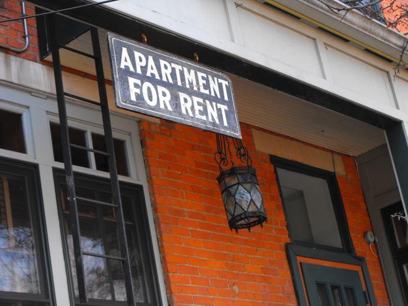 Jax Democratic Socialists take on tenants rights and fair housing