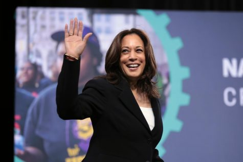 Senator Kamala Harris brings campaign to Florida