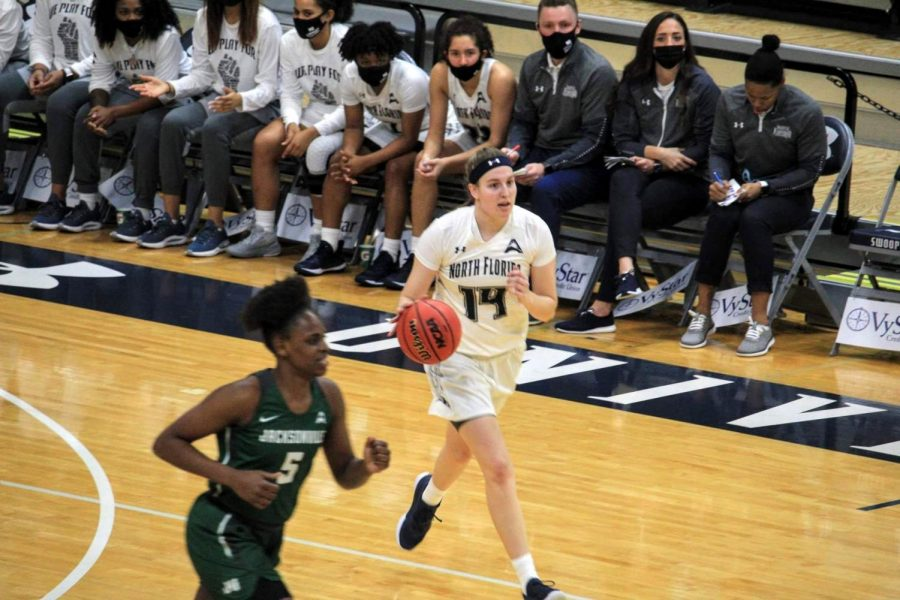 Lady Ospreys pick up road win in thriller against Kennesaw State