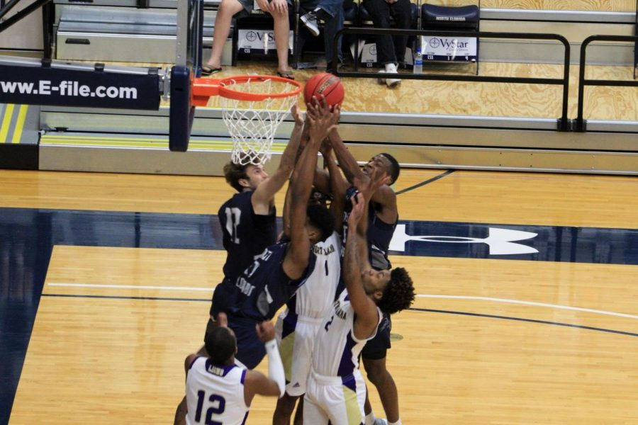 One day, two states, two wins; both Osprey basketball teams defeat UNA