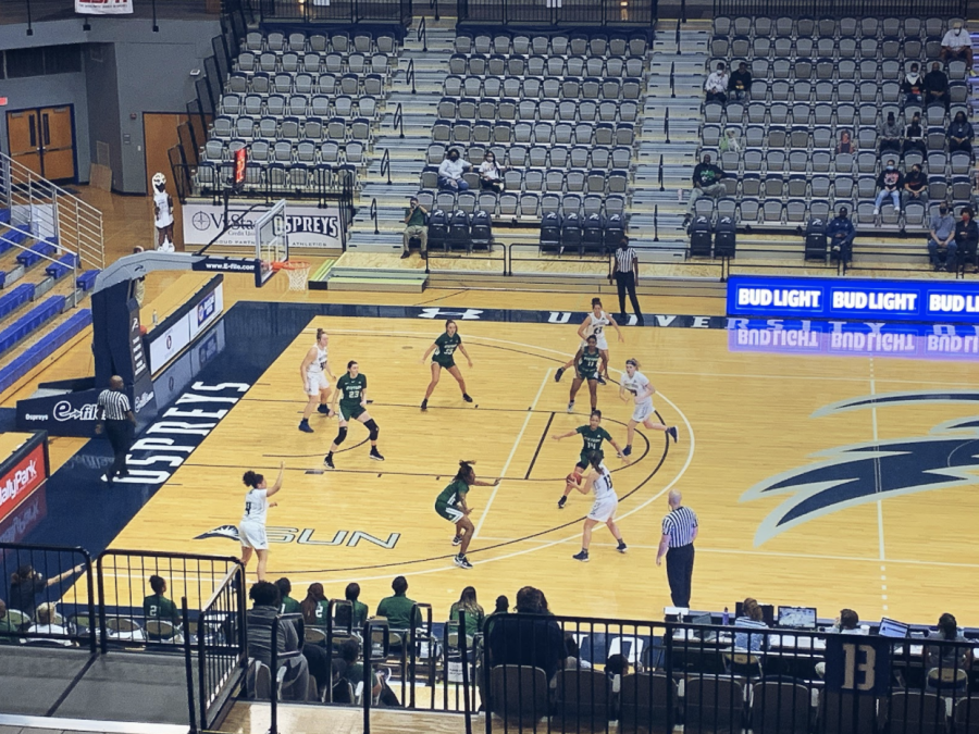 Lady Ospreys pick up the win in A-Sun opener against Stetson