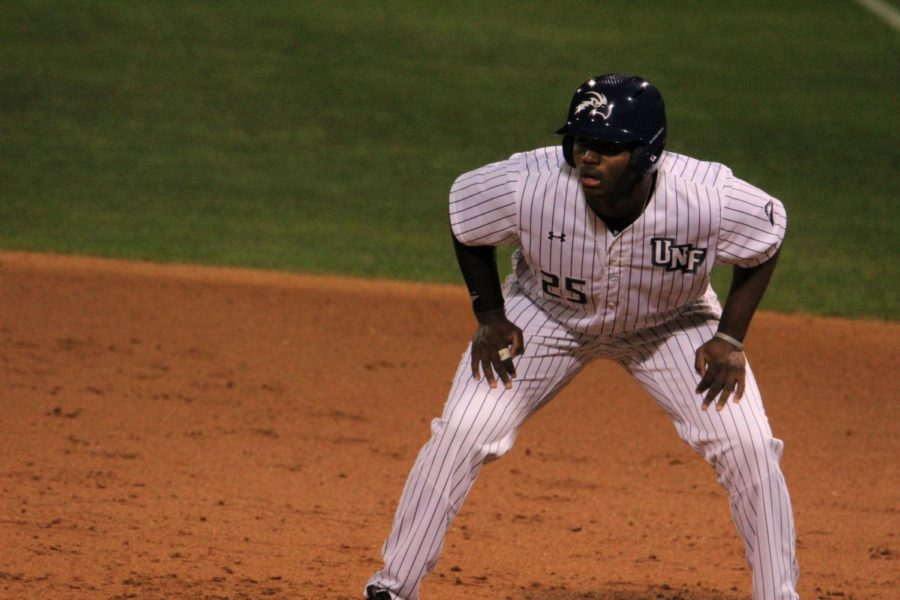UNF routs JU with sixth-inning surge