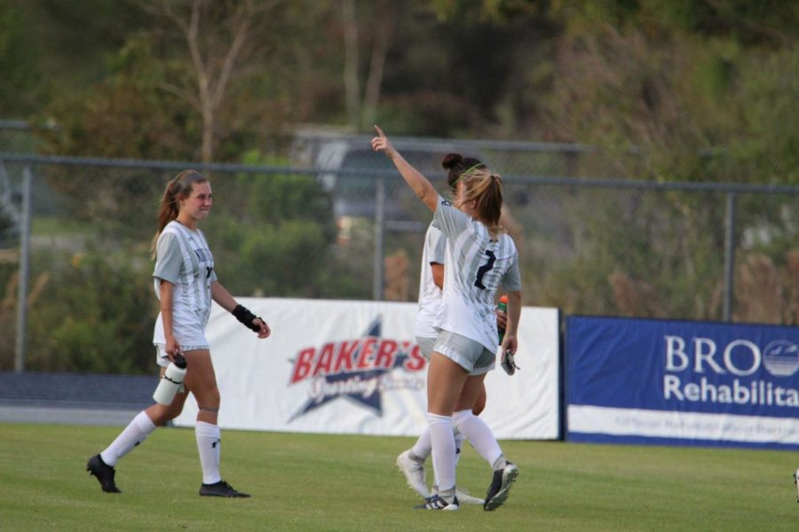 UNF women's soccer survives double-overtime scare to stay undefeated