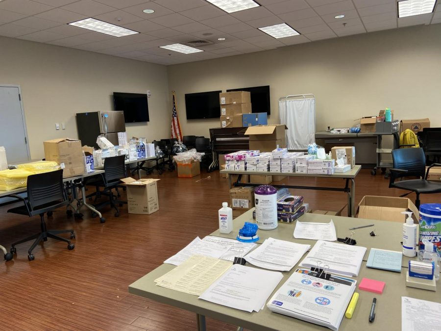 Spinnaker exclusive tour of UNF's COVID-19 testing clinic